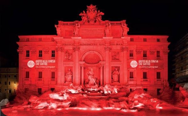 Fontana de Trevi na cor do sangue dos mártires
