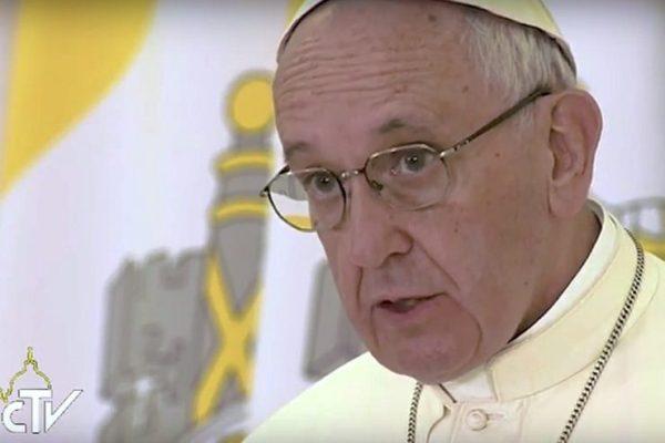 O Papa recorda o genocídio do povo Armênio