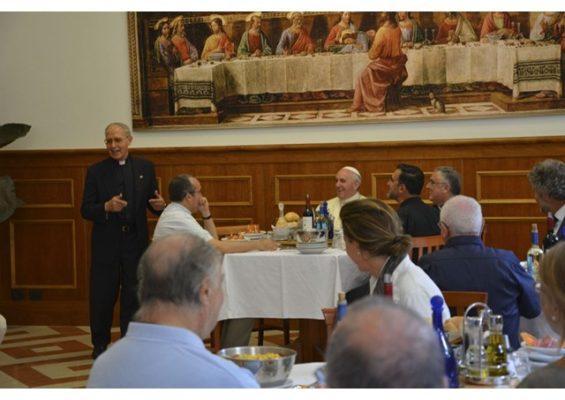Papa almoçou na casa geral dos jesuítas em Roma