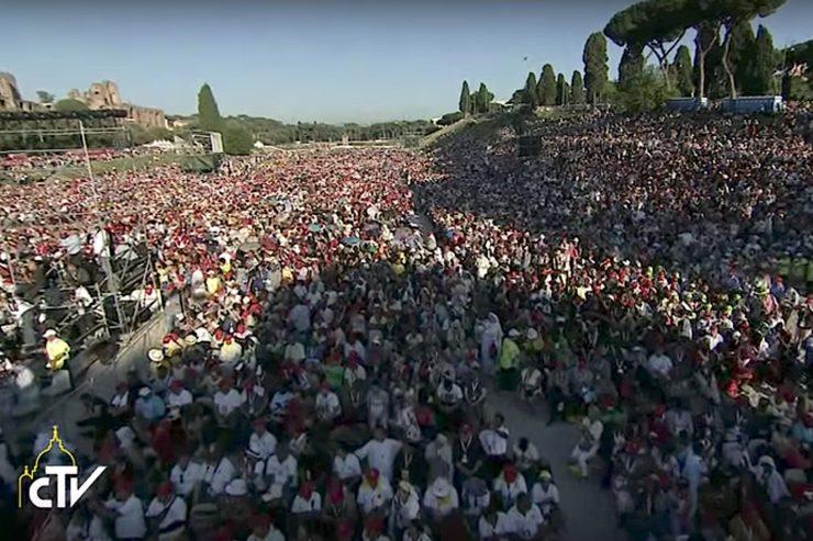 Papa Francisco no 50º do Jubileu de Ouro da Renovação Carismática Católica