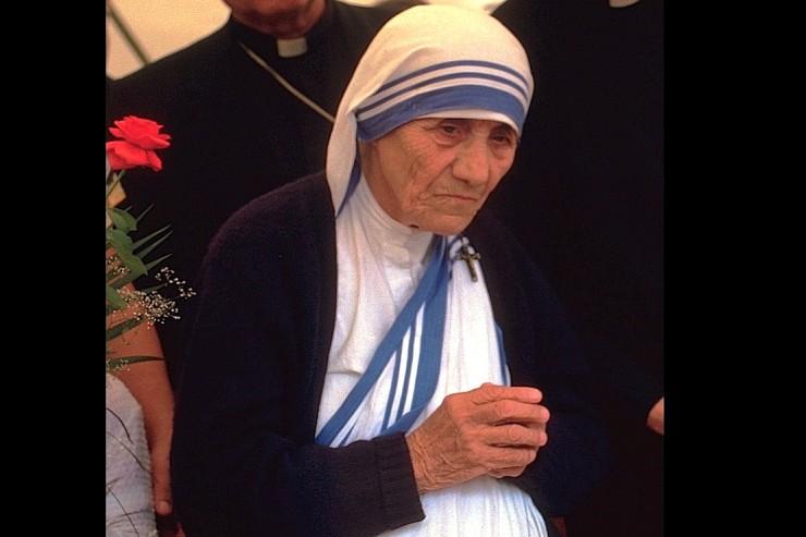 """O hábito """"sari"""" de Madre Teresa é marca registrada"""