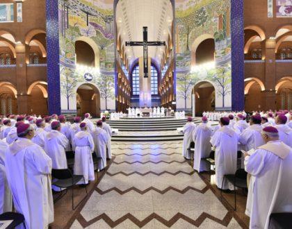 Santa missa abre Assembleia Geral 2018 da CNBB